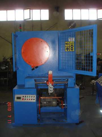 CONTINIOUS SPOOLER FOR ANNEALEDAND GALVANIZED LINES